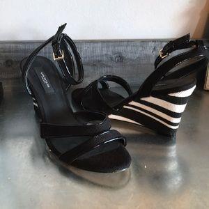 Ann Taylor Black And White strip wedge heel